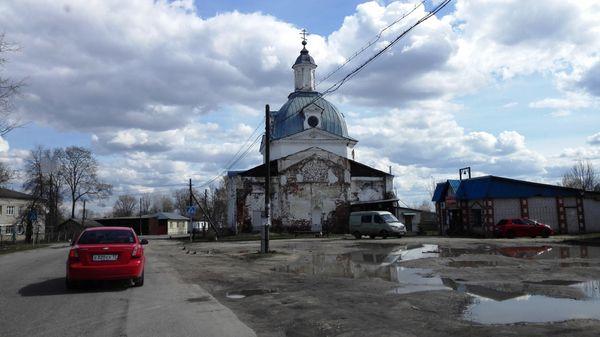 Быкова Гора: дворец над рекой